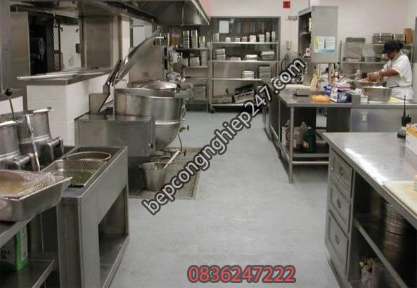 Khu bếp inox an toàn vệ sinh thực phẩm